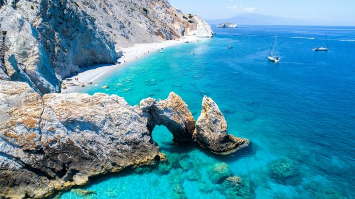 skiatos-letovanje-grcka-ostrva